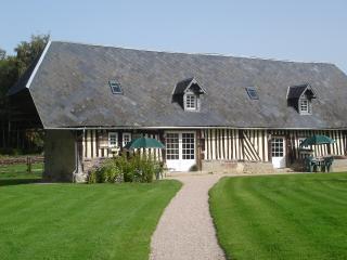Les Normandines longère de 150m² typique à colombages du XVIIIéme siècle. - Annebault vacation rentals