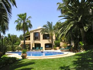 Casa Chimenea Blanca - Costa d'en Blanes vacation rentals