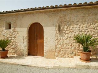 Casita Son Sau - Porto Cristo vacation rentals