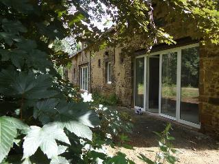 Nice Gite with Internet Access and Wireless Internet - Saint-Saturnin vacation rentals