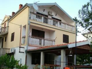 Nice 2 bedroom Apartment in Vir - Vir vacation rentals