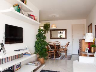 LivingInRio-i01.015-3br-RECREIO - Barra de Guaratiba vacation rentals