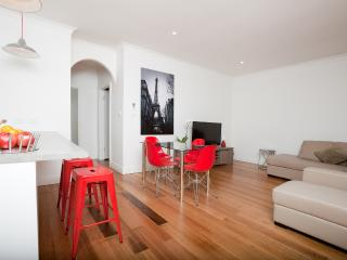 Phyl & May's Luxury Accommodation Ballarat - Ballarat vacation rentals