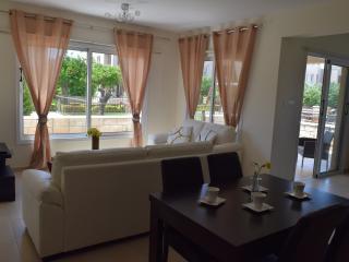 2 bedroom Condo with Internet Access in Mandria - Mandria vacation rentals