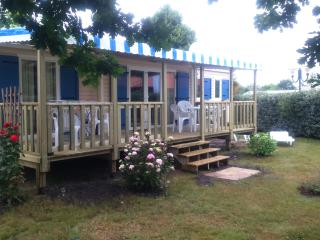 Adorable 2 bedroom Caravan/mobile home in Gastes with Deck - Gastes vacation rentals
