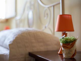 Casa Vacanze Benestare_ABETE - Gambassi Terme vacation rentals