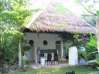 Kims-Garden family bungalow - Anda vacation rentals