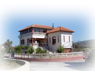 Middle floor apartment - Bibinje vacation rentals
