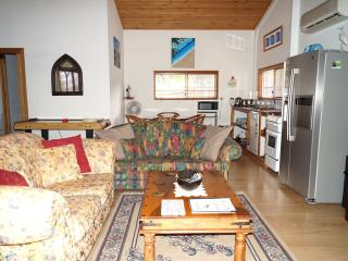 1 bedroom Cottage with A/C in Cooloola Cove - Cooloola Cove vacation rentals