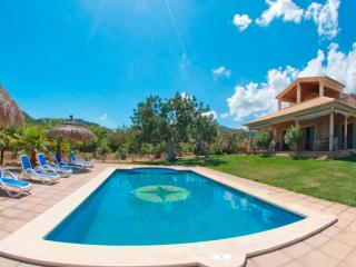ESCUDER - Property for 8 people in Selva - Selva vacation rentals