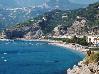 LAST MINUTE Casa Giulia, the Pearl of Amalfi Coast - Maiori vacation rentals