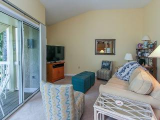 712 Barrington Park - Lagoon view villa - Oceanfront Complex - Sleeps 4 - Hilton Head vacation rentals