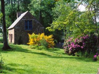 la petite maison du pont ricoul en bretagne - Saint-Pierre-de-Plesguen vacation rentals
