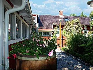 Bed and breakfast in Karlsborg, Västergötland - Karlsborg vacation rentals