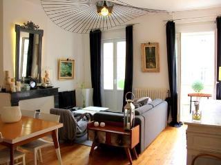 Charmant T3 place Saint Geroges - Toulouse vacation rentals