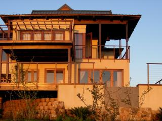 4 bedroom House with Deck in Zinkwazi Beach - Zinkwazi Beach vacation rentals