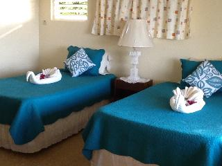 Lovely 2 bedroom Villa in Duncans with Deck - Duncans vacation rentals