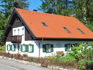 Luxury 3br Apartment in Oberammergau - Oberammergau vacation rentals