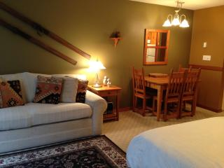 Desirable Studio - Fully furnished - Pet Friendly - Silver Star Mountain vacation rentals