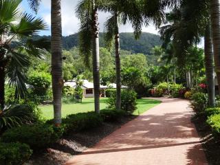Shanee @ Kewarra Beach - Cairns vacation rentals
