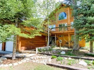 Cabin w/incredible outdoor living space & shared hot tub! - McCall vacation rentals