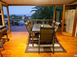 Unwind @ 'Ocean Views on Freeman' - Pet Friendly - Port Lincoln vacation rentals