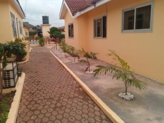 Fully self-contained 1 bed villa furnished  -pool - Accra vacation rentals