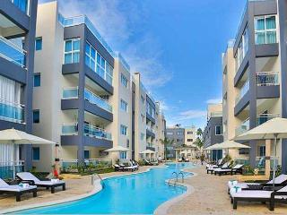 Perfect Condo with Internet Access and Housekeeping Included - Punta Cana vacation rentals