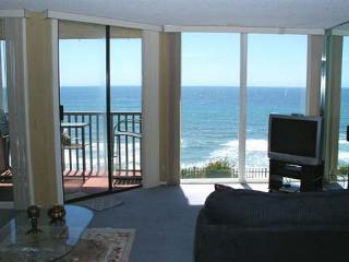 1 Bedroom, 1 Bathroom Vacation Rental in Solana Beach - (DMST22) - Solana Beach vacation rentals