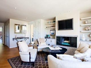 2 Bedroom, 2 Bathroom Vacation Rental in Solana Beach - (DMST79) - Solana Beach vacation rentals