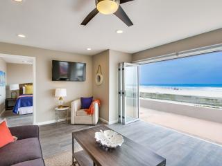 Stunning *50' OCEAN FRONT* Ground Level Home! - Pacific Beach vacation rentals