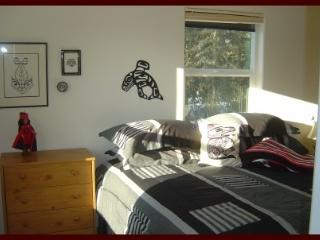 Romantic 1 bedroom Kasilof Condo with Deck - Kasilof vacation rentals