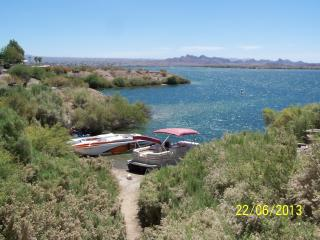 2bdrm Lake Havasu on the Water (Sam's Beachcomber) - Lake Havasu City vacation rentals