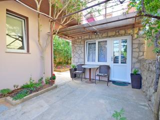 Cozy Studio with Internet Access and Television - Baska vacation rentals