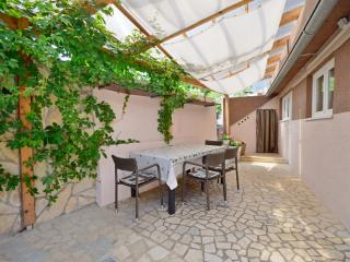 Apartments Ivan - 67541-A2 - Baska vacation rentals