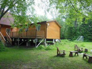New Waterfront 2-bedroom Cottage in Kawartha - Fenelon Falls vacation rentals