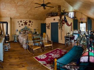 Country Cozy Cottage - Mohnton vacation rentals