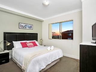 GER29 - Lovely 1 Bedroom Apartment in leafy suburb - Cremorne vacation rentals