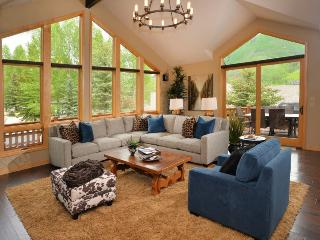 Enjoy this luxurious vacation home conveniently located in Vail in a quiet cul-de-sac, along-side the free shuttle route. - Vail vacation rentals
