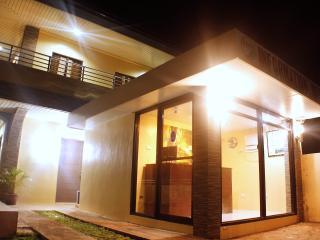 Haisa Apartelle - Coron vacation rentals