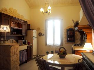 Beautiful in Old Town closewalk to sea Alghero - Alghero vacation rentals