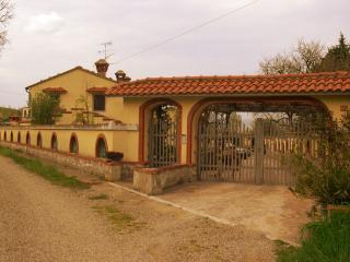 appartamento design  in campagna in Umbria - Ficulle vacation rentals