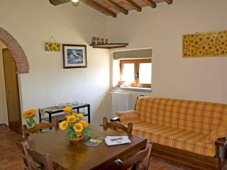 Charming House with Internet Access and Central Heating - Cortona vacation rentals