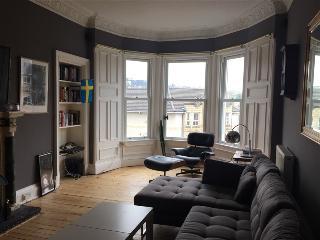 AJEM 77/7 McDonald Road - Edinburgh vacation rentals