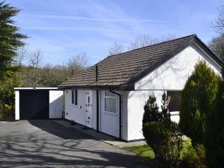 Llwyn Onnen Luxury Bungalow with Enclosed Garden - Benllech vacation rentals