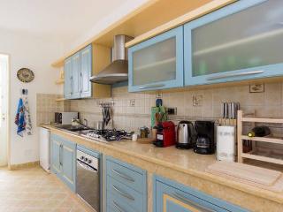 Nice 3 bedroom Syracuse Apartment with Internet Access - Syracuse vacation rentals