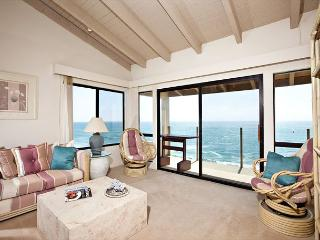 2 Bedroom, 2 Bathroom Vacation Rental in Solana Beach - (SBTC307) - Solana Beach vacation rentals