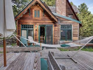 Sunny Cabin with Dishwasher and Linens Provided - Bozeman vacation rentals