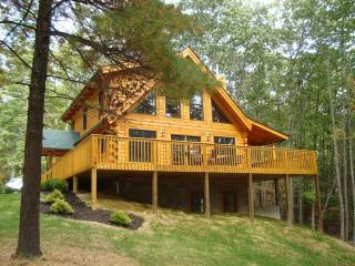 Comfortable Cabin with Deck and Internet Access - Pipestem vacation rentals