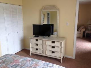 2 bedroom House with Deck in Tybee Island - Tybee Island vacation rentals